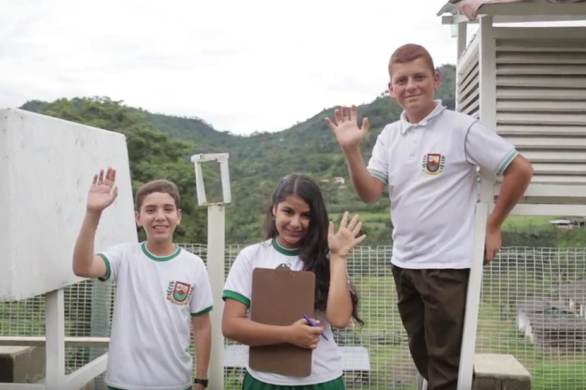 2016 - Los chicos de la Nasa construyendo alternativas de vida en el campo colombiano.